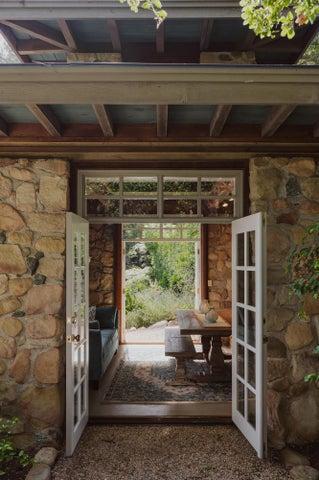 Versatile Garden Studio