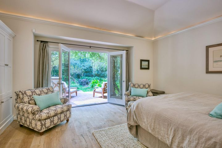 Master Bedroom : Patio : Garden