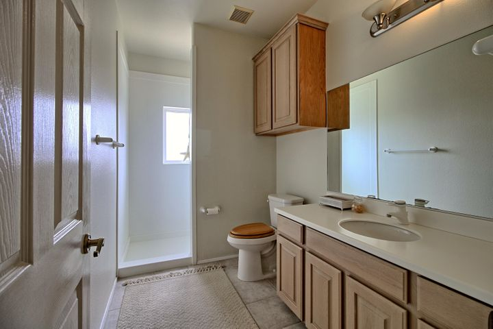 Bedroom 2 bath 1