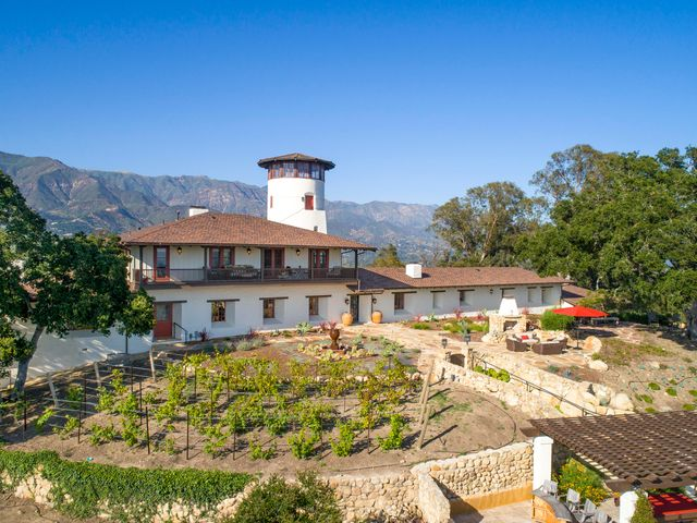 904 Camino Viejo-Vineyard & Mtn Views