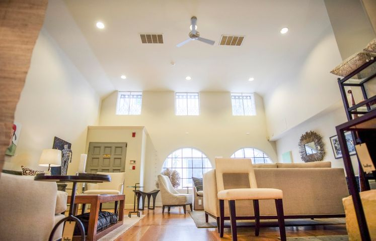 1321 State St - ceilings