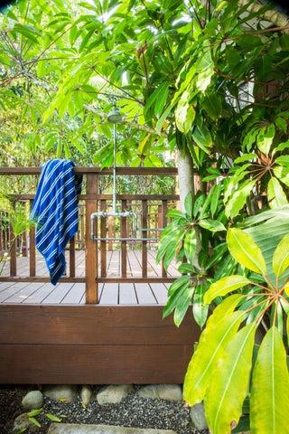21_1MiramarMaster patio Beach wash
