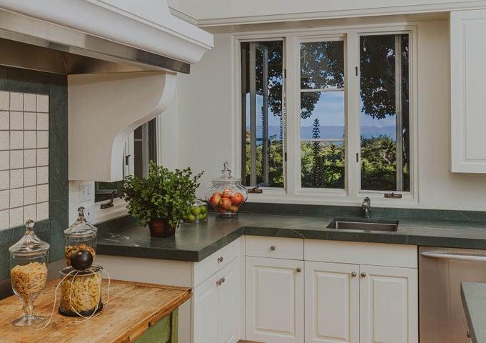 10 Kitchen View