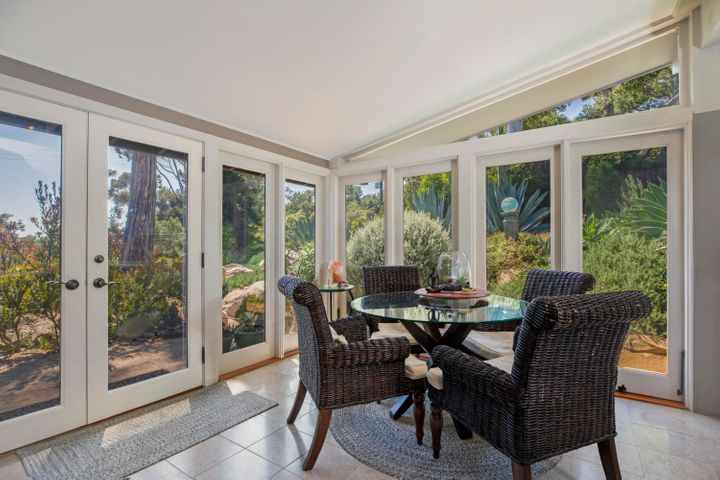 Breakfast Area with French Doors