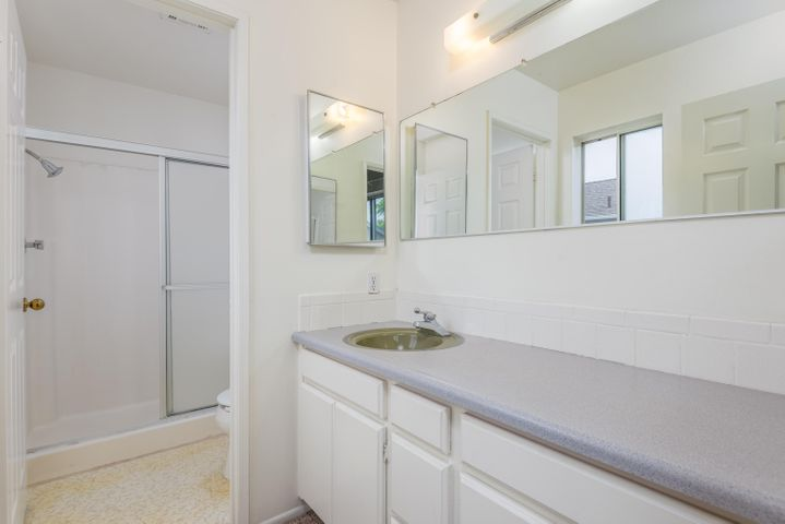 16-Master Bathroom
