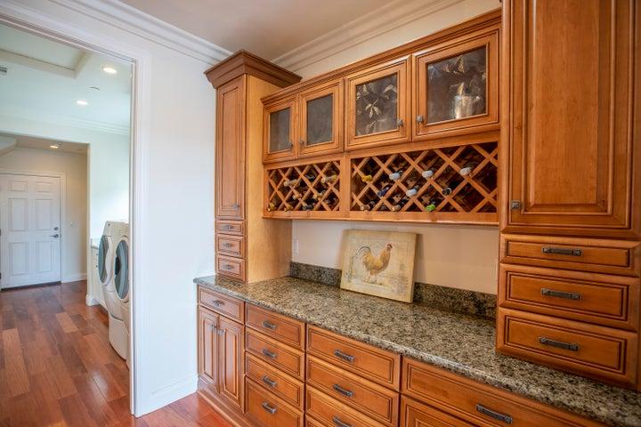 Kitchen hall pantry area