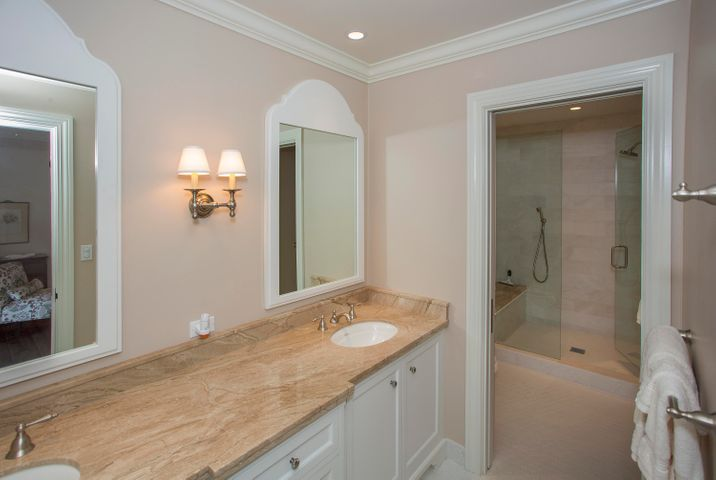 933 west mountain master bath