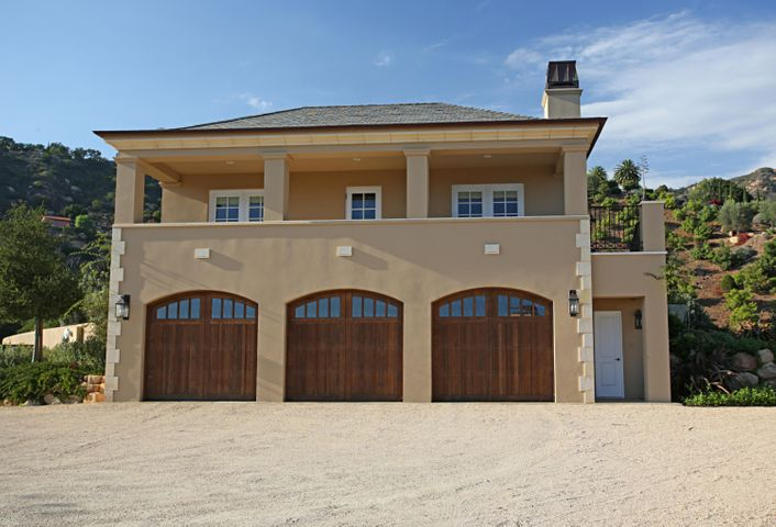 24Guest House Over 3 Car Garage