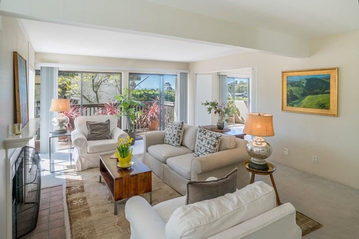 Living Room w/Deck