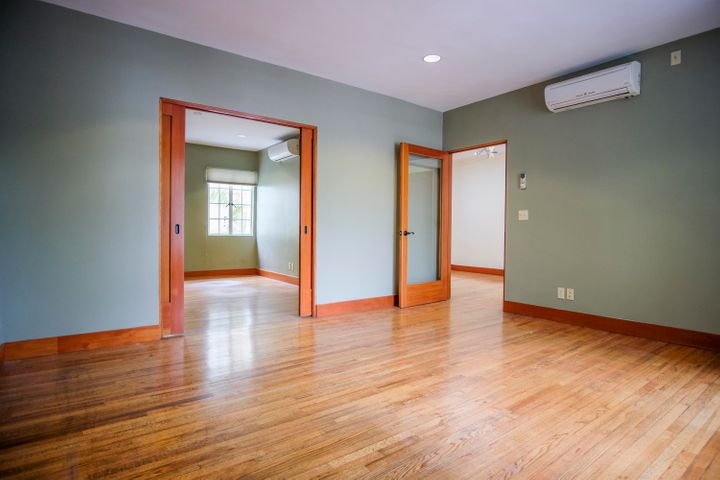 1309 State St - lease1