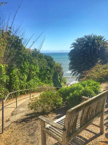 21 Beach More Mesa Lookout