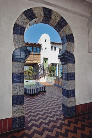 Entry to Courtyard