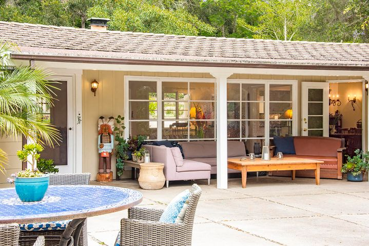 Outdoor Living Covered Room