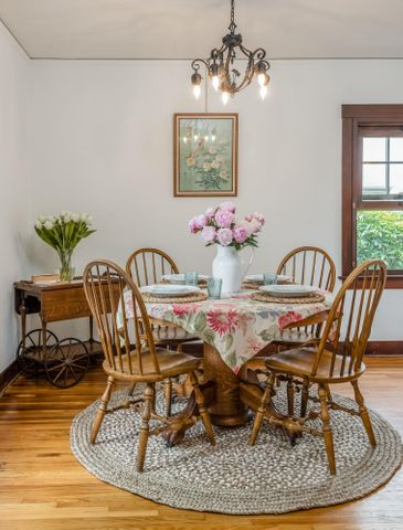 Quaint Formal Dining Room