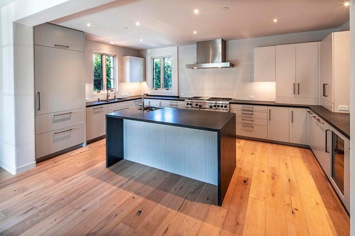 105 NEW kitchen  _0825