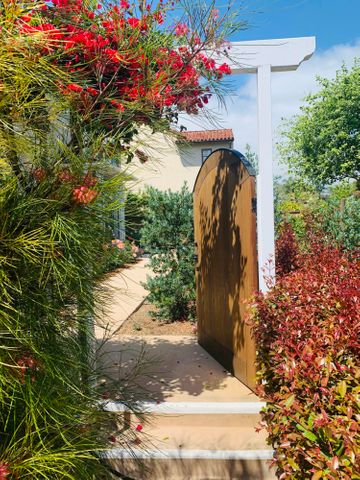 Gate to front door walk up