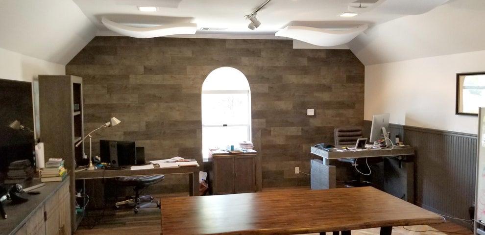 Suite F - Back Office