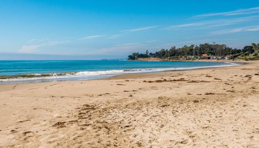 28-Walk to the Beach