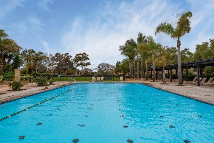 21-Community Pool