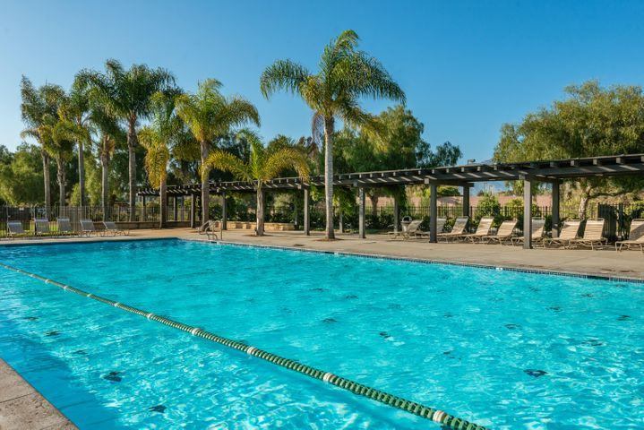 22-Community Pool