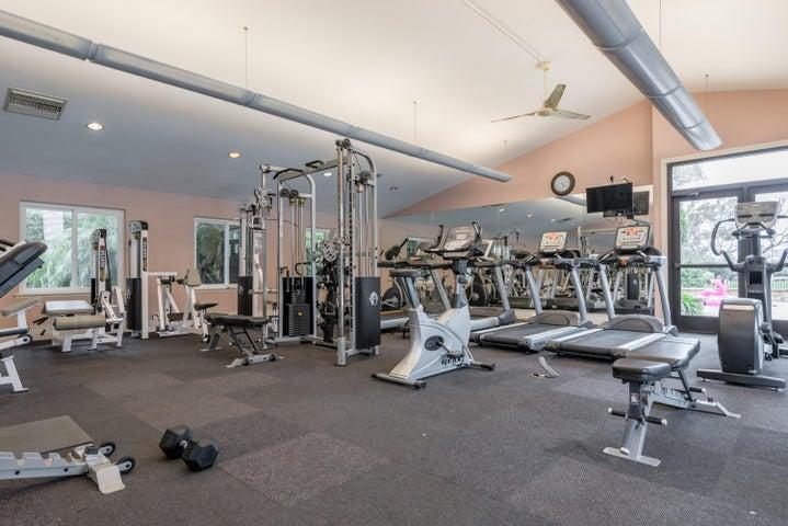 26-Community Gym