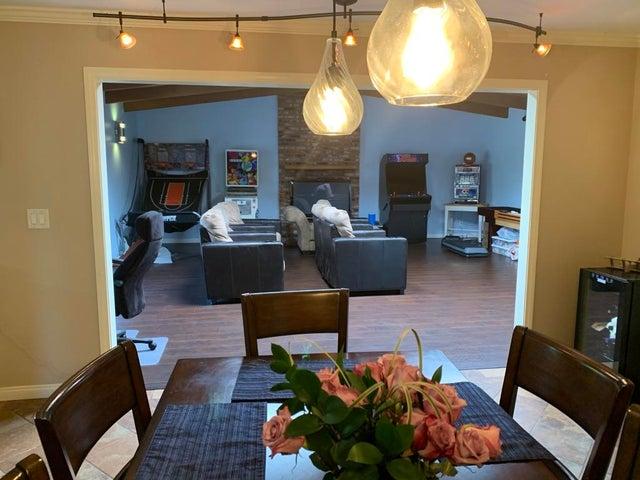 Dining Room/FR