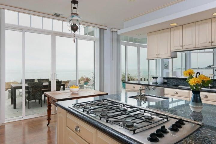 2972 Solimar Beach Dr-014-028-Kitchen-ML