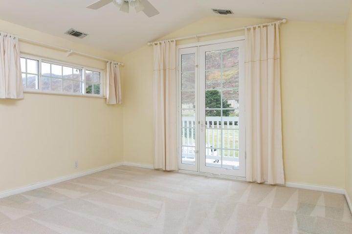 2972 Solimar Beach Dr-036-027-Bedroom-ML
