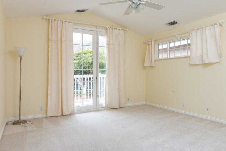 2972 Solimar Beach Dr-040-037-Bedroom-ML