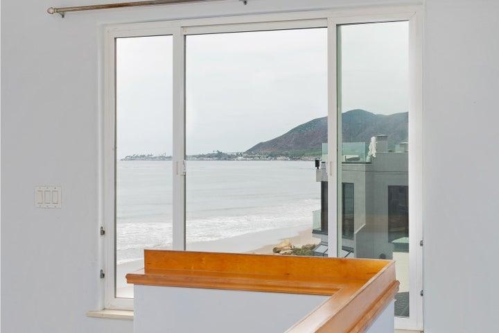 2972 Solimar Beach Dr-042-017-Loft View-