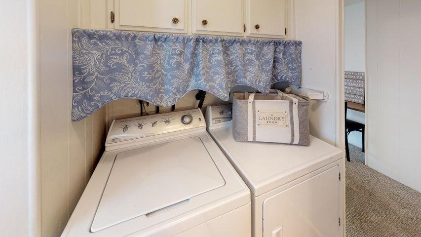 48-Don-Antonio-Laundry