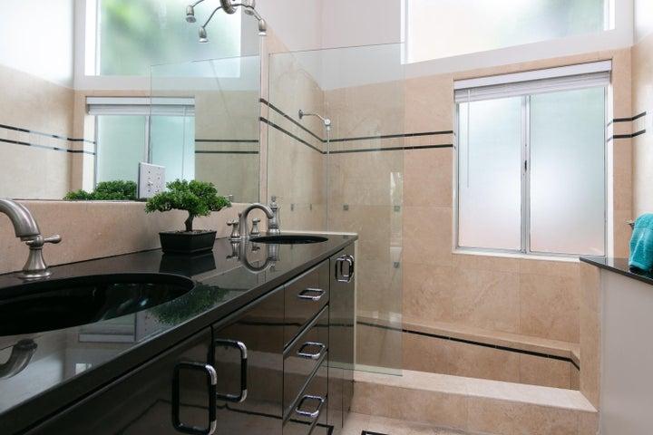 ADU-Guest Hse Bath