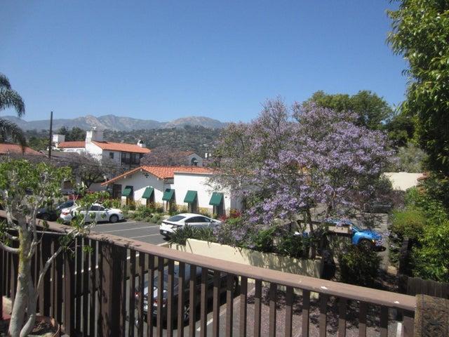 928 Garden Deck View