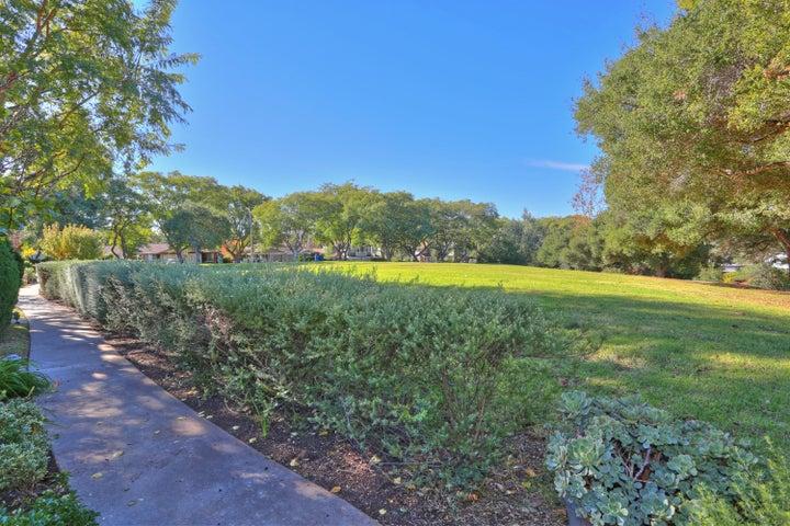 Los Robles Park