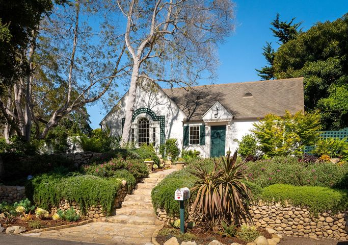 Charming Montecito Property