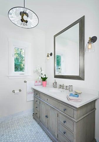 20_los_olivos_downstairs_bathroom_final1