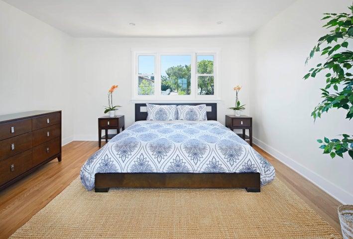 20_los_olivos_master_bedroom_final17