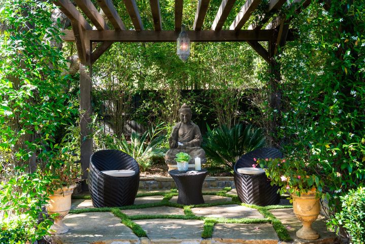 Outdoor Meditation Room