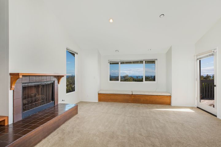 327 Pacific View_0010