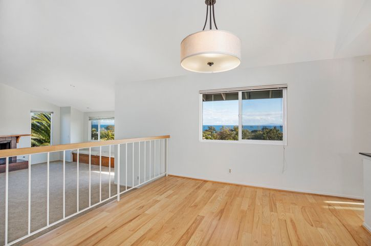 327 Pacific View_0008