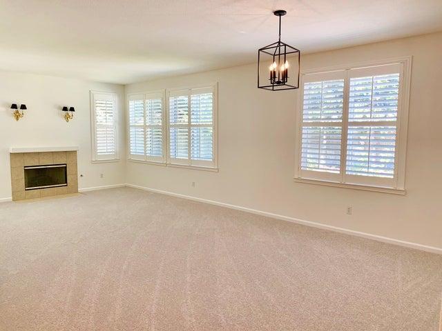 2 blank living room