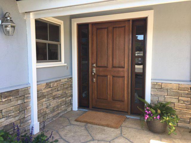New front door with opeing side lights