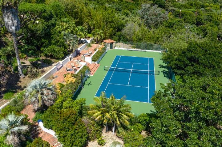 Tennis/Sport Court