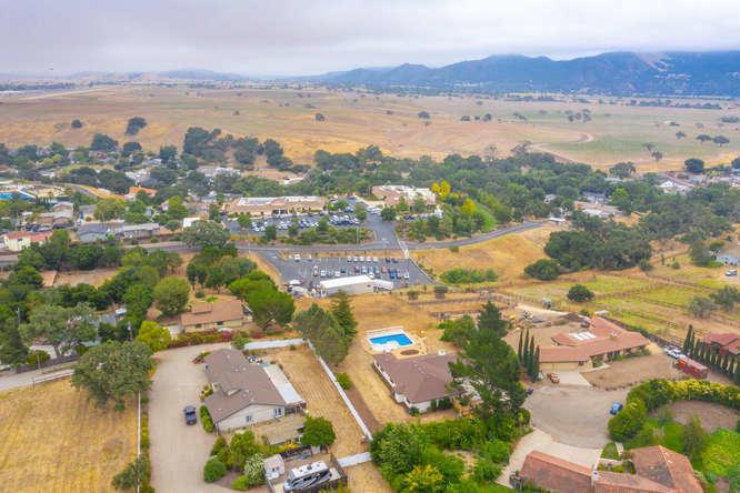 3130 Lucky Ln Santa Ynez CA-small-005-03