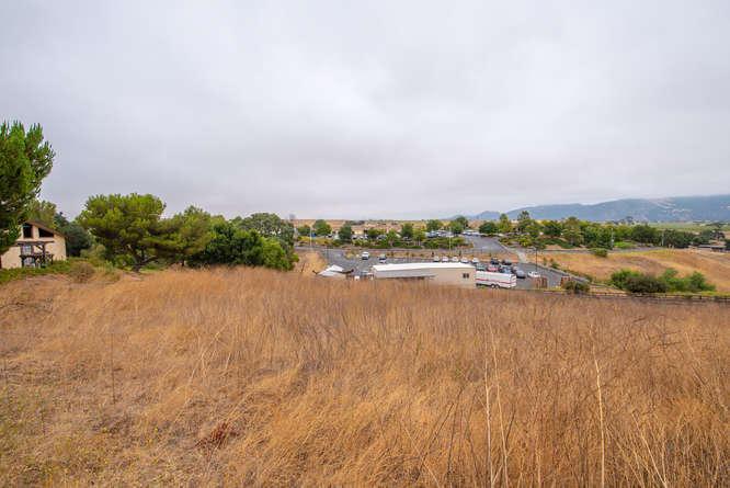 3130 Lucky Ln Santa Ynez CA-small-041-02