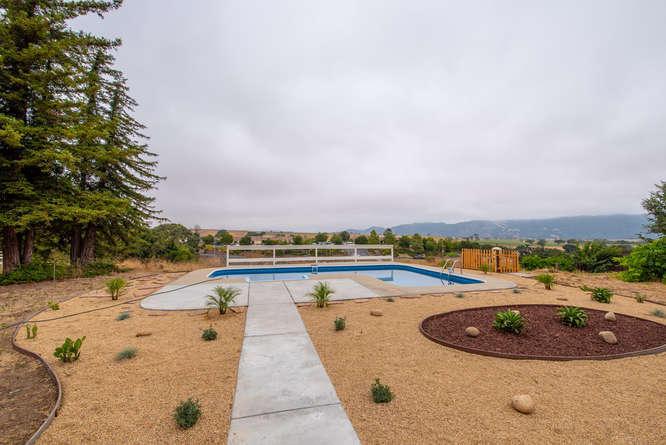 3130 Lucky Ln Santa Ynez CA-small-043-01