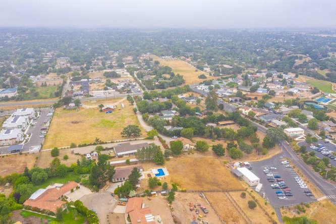 3130 Lucky Ln Santa Ynez CA-small-044-03