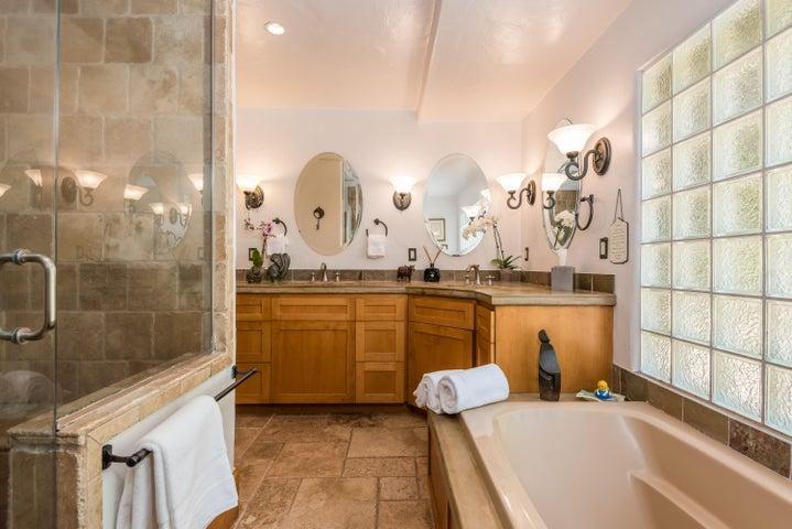 Master bath luxurious spa bath