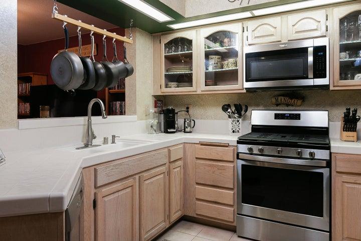 266 Camino Toluca-012-7-Kitchen-MLS_Size