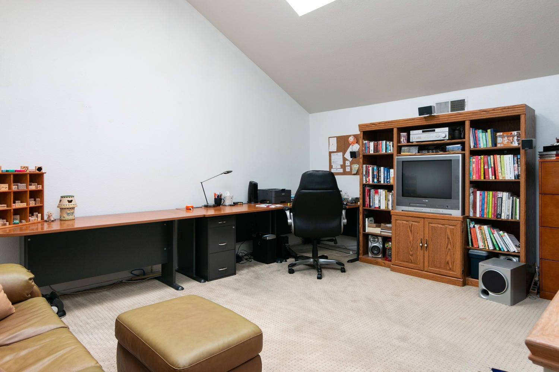 266 Camino Toluca-024-20-BedroomOffice-M